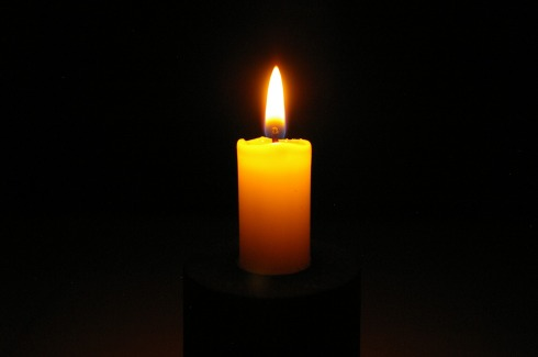 candle-2631921_1920